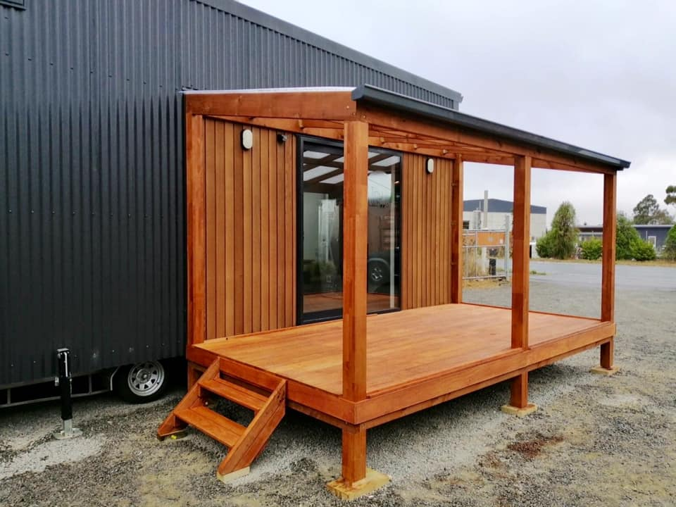Tiny House Diamond with deck